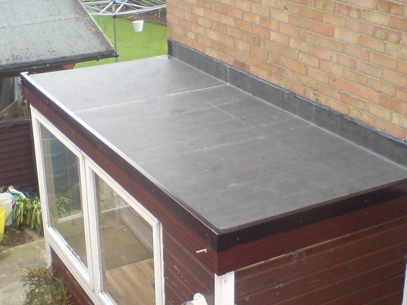 Rubber Roofing - Great alternative to Traditional Felt